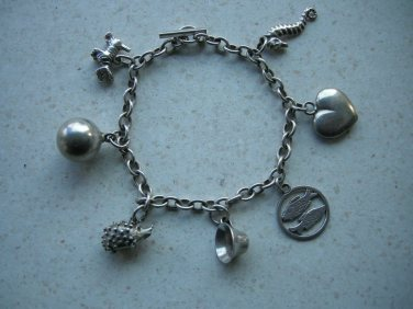 Jane Isagers armbånd med charms