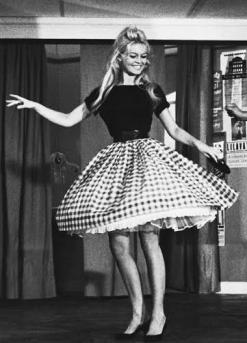 Brigitte Bardot dancing