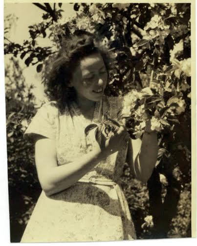 min mor Ruth i fyrrene