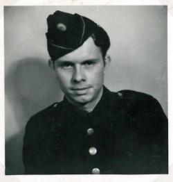 Aage Holm som CB-er under krigen