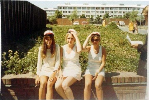 Tre studiner på Ballerup Gymnasium juni 1970