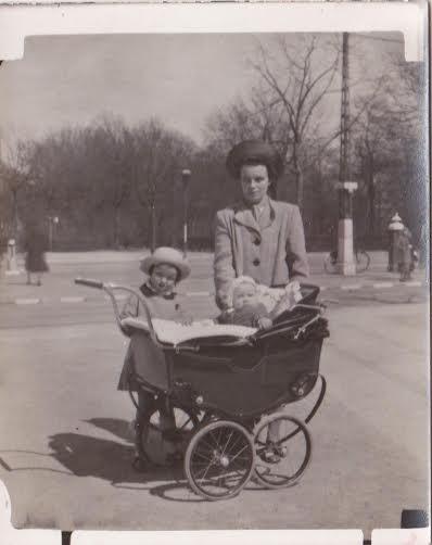 Barnevogn under krigen - Copy