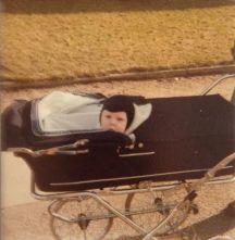 Andreas min førstefødte på tur ca 6 mdr. foråret 1981