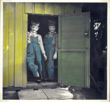 """Legehuset fra det var nyt i 1955 """"dekoreret"""" i de farver det havde"""