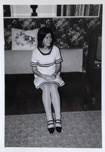 "Den hvide strikkede ""Sun Maid"" kjole vinteren 1966"