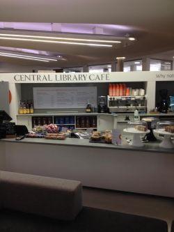 Central Library Café juni 2015. Renoveret og flyttet op til stueetagen