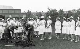 Spadestik til den ny sygepelejemuseet Bispebjerg hospital. Foto sygeplejemuseet