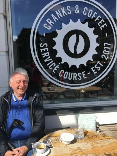 Simon og Emils cykel Café i Klampenborg