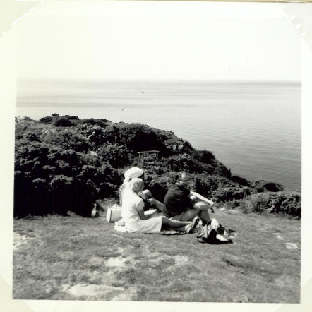 Ved Skrænten Vejby strand Heather Hill