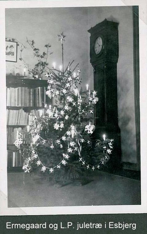Min ældste moster Ermegaards juletræ fra Esbjerg under krigen