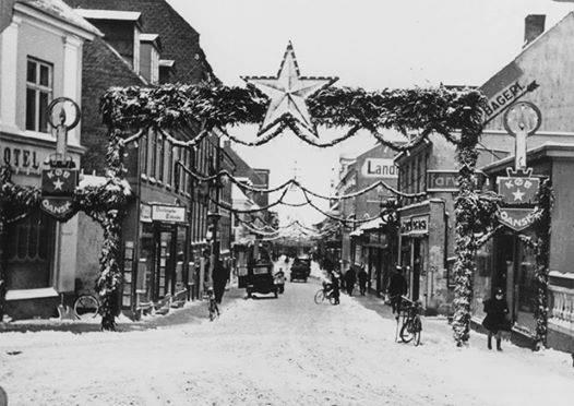 Juleudsmykning i Alhgade i Holbæk fra nettet