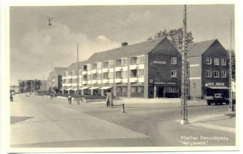 Postkort fra Herlev Hovedgade fra barndommen. Foto Herlev Lokalarkiv