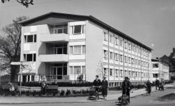 Herlev plejehjem på Herlev Bygade og Herlevgårdsvej overfor kirken. Foto Herlev Lokalarkiv