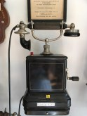 En gammel telefon, som jeg husker min morfar havde på sit kontor. Fundet på Holbæk landsbymuseum Nyvang